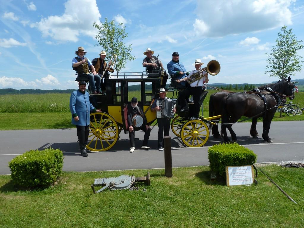 Die Leonfeldner Dixieland Band auf der Sterngartl Postkutsche
